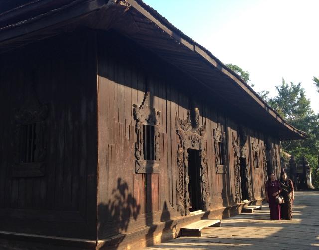 Inwa (Monastère Bagaya)